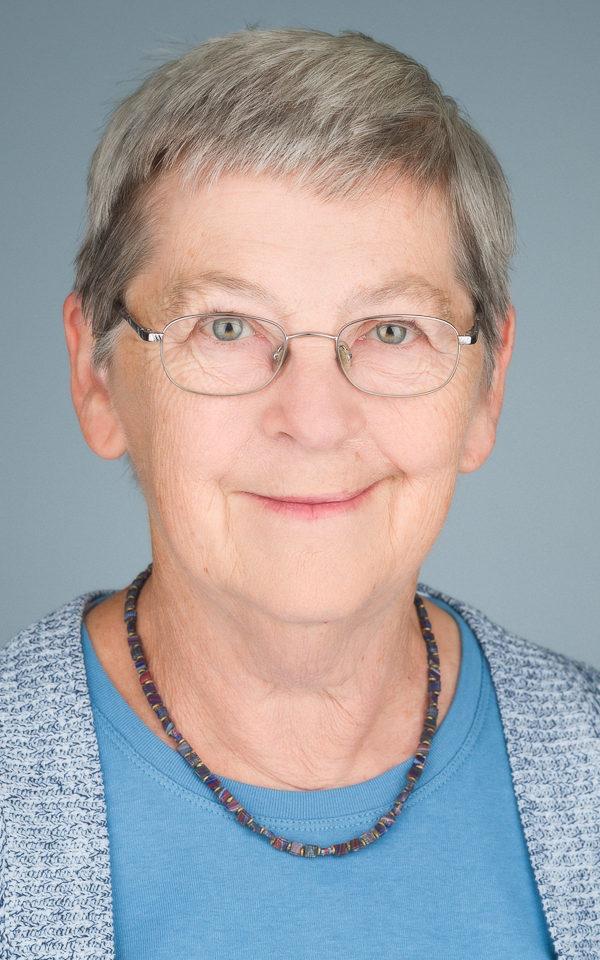 Dr. Heather Wingert